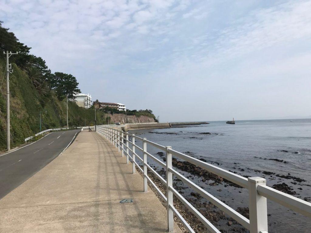 日間賀島の南側にある歩道