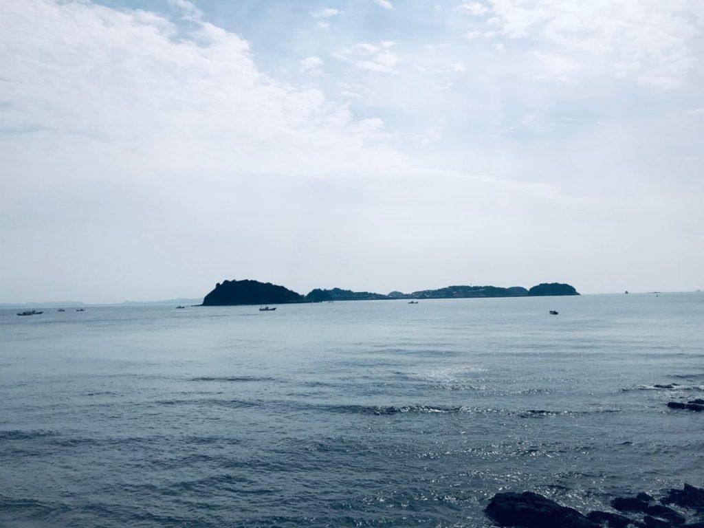 日間賀島から見える篠島