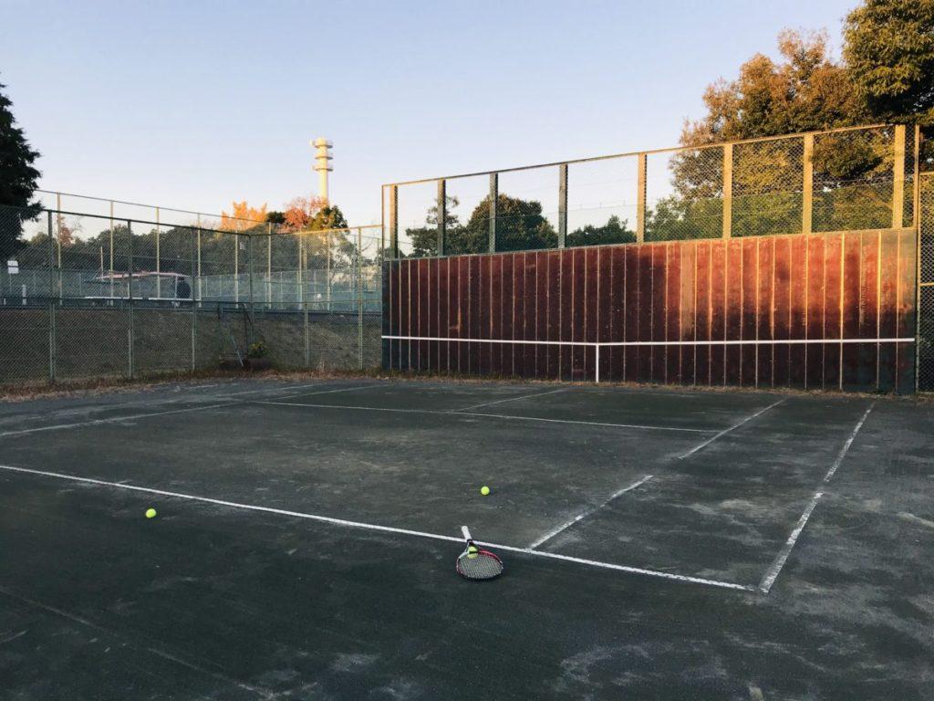 愛知健康の森テニス壁打ち