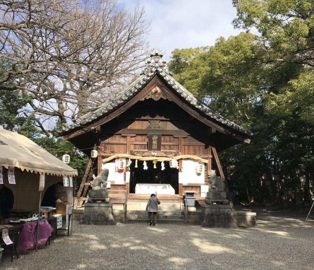 金メダル神社の本殿