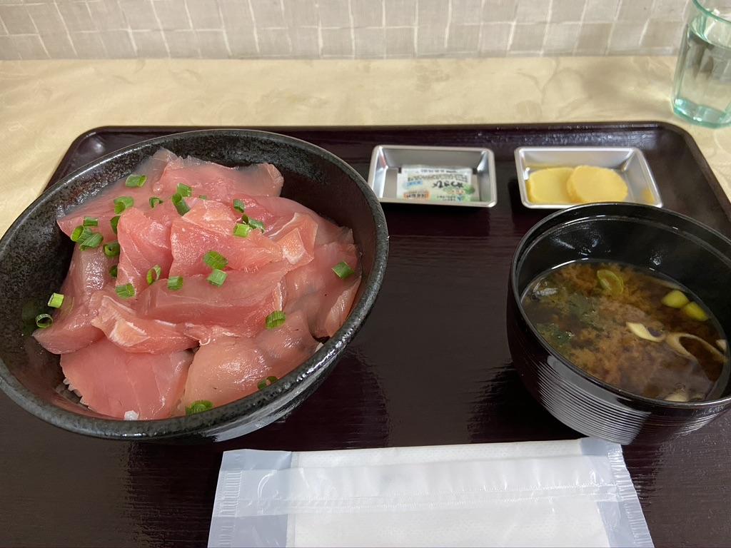 伊三郎のマグロ丼
